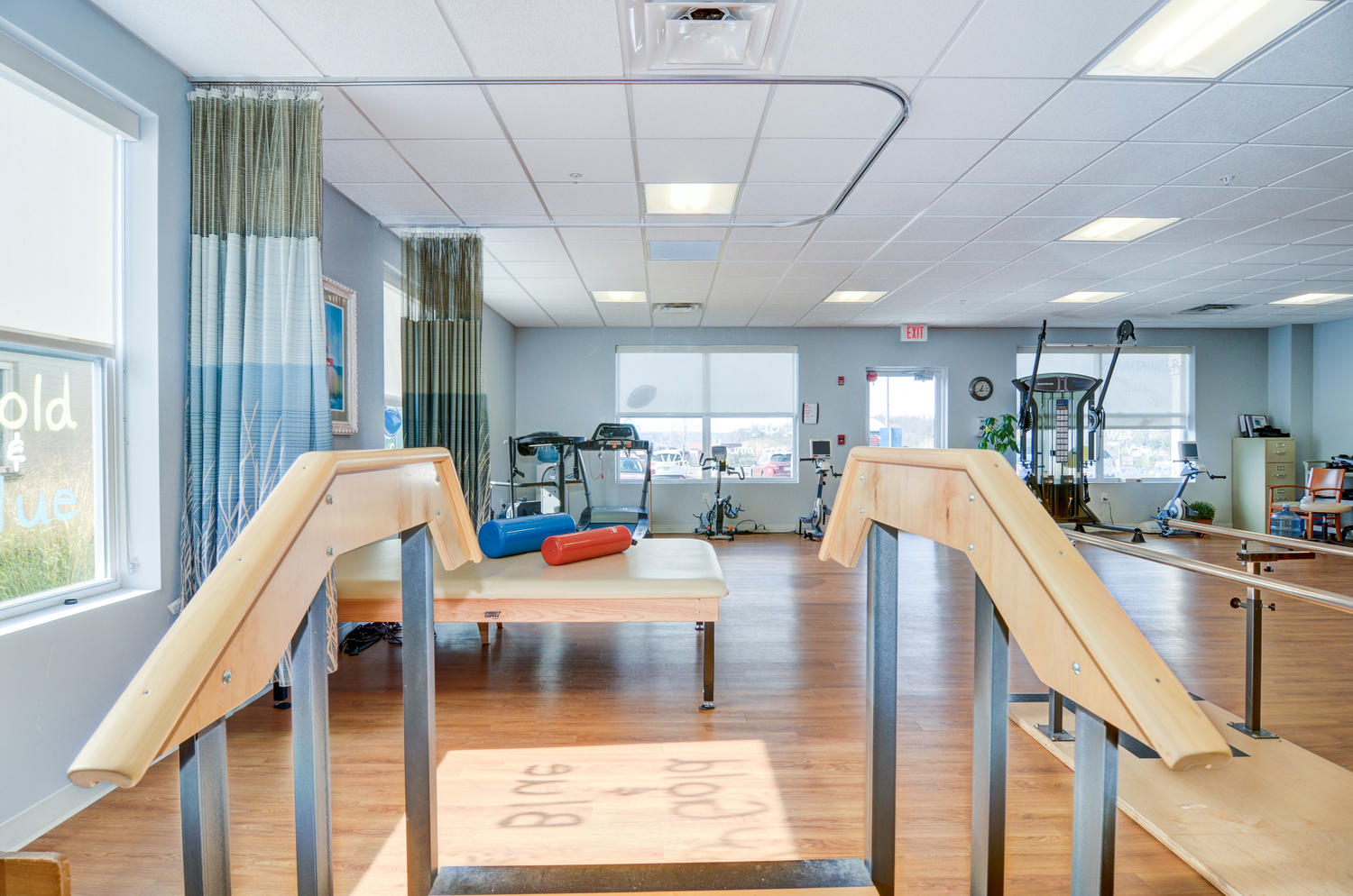 Stonerise Morgantown Therapy and Rehabilitation room with exercise equipment