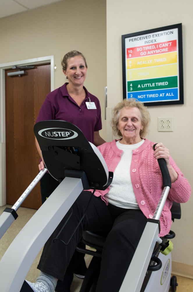 Stonerise Keyser patient and team member during a Physical Therapy session