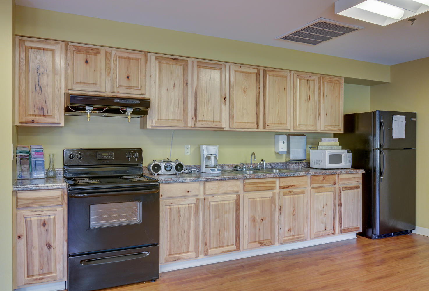 Kitchen area in Stonerise Lindside Rehabilitation room