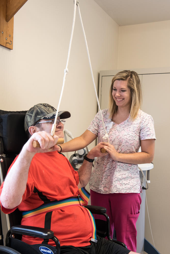 Stonerise Berkeley Springs patient and team member during a Physical Therapy session
