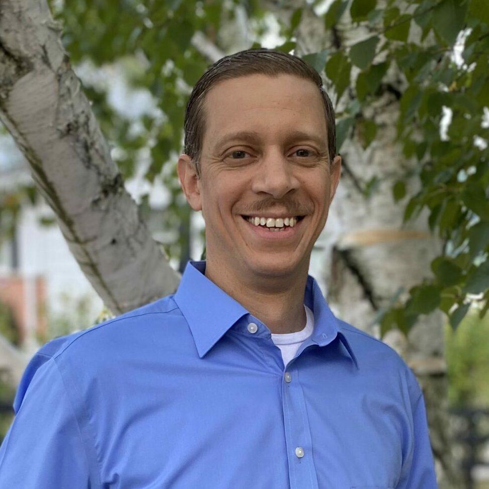 Headshot of Aaron, Stonerise Regional Business Office Director