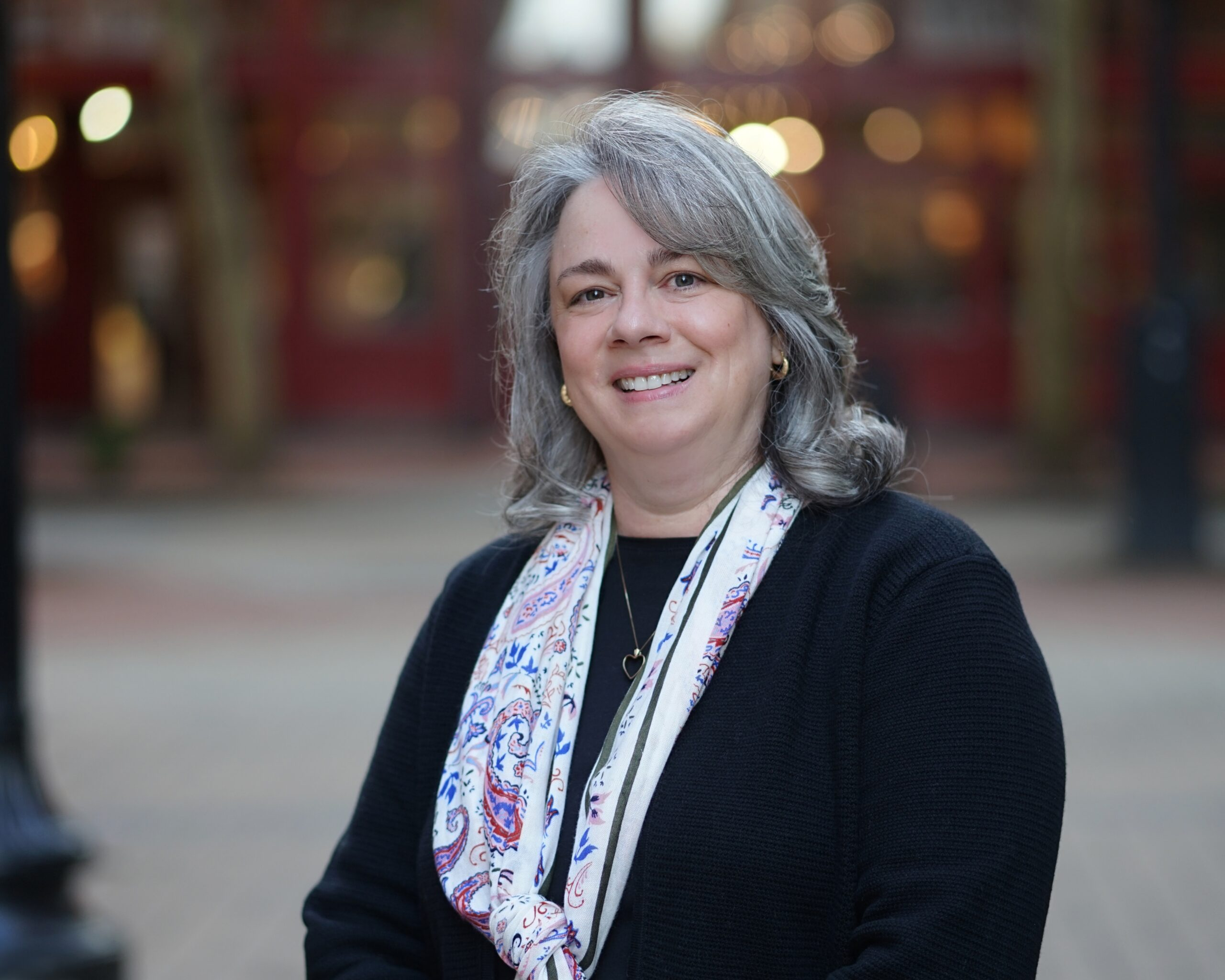 Headshot of Lynn Bayne, Stonerise Vice President of Clinical Operations